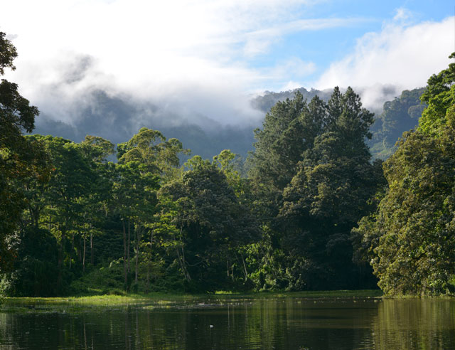 Cachí Lake in Cartago province