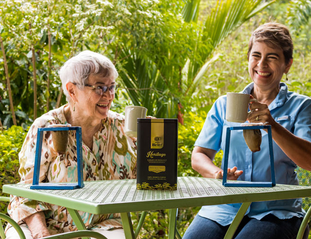 Doña Marigold and Doña Cecilia, with the Heritage Blend 2017 brewed in traditional Costa Rican coffee makers