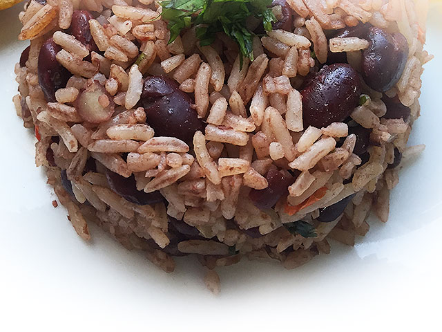 Gallo pinto (black rice and beans)