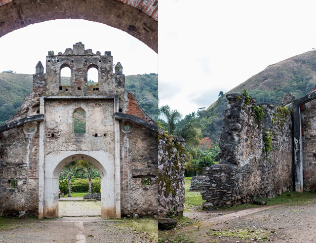 Inside and outside of Ruinas de Ujarras
